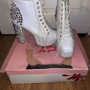 White spiked Jeffrey Campbell litas